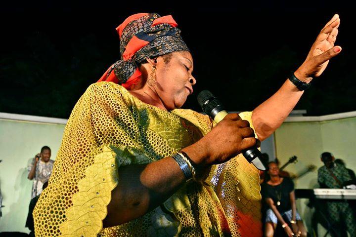 Salawa Abeni: Four Decades of Ruling Waka | Arty Living